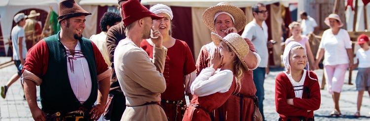 Spectacol inedit cu inserții moderne, la Festivalul Medieval