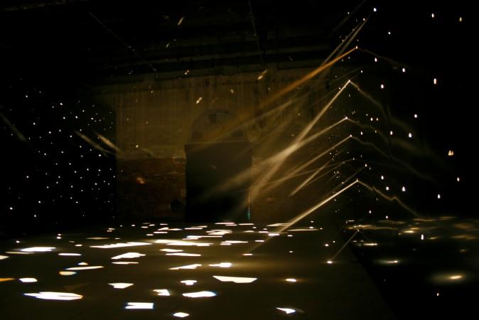 Muzeul de Artă Contemporană Lima. Garaicoa cu privire la cum pământul dorește să semene cu cerul (I). Foto: li-mac.org