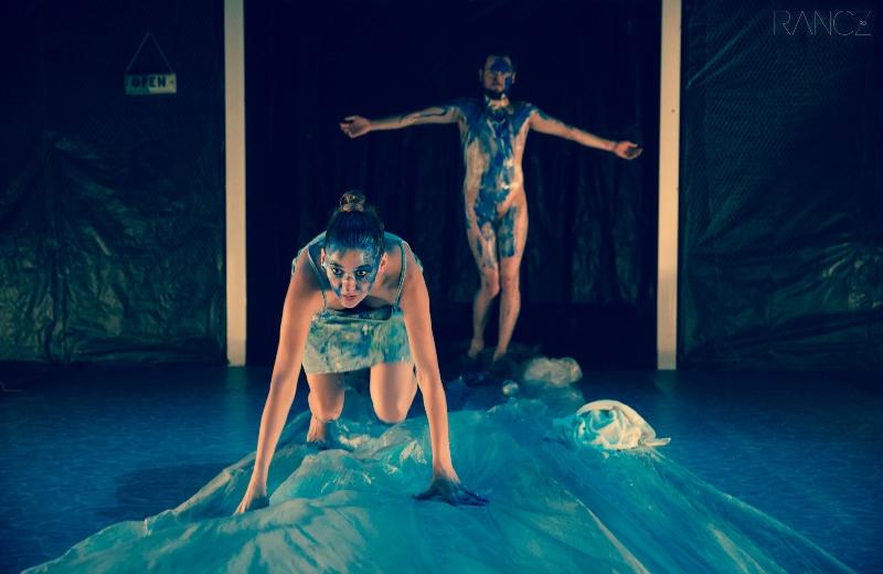 Monstrii Nisipurilor-teatru
