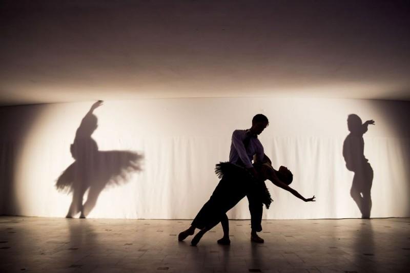 balet-alb-negru