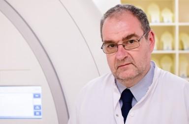 Dr-Adrian-Moga,-medic-primar-oncologie---radioterapie