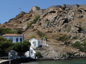 Limnos - cetatea din Myrina văzută de pe faleza Romeikos Gialos