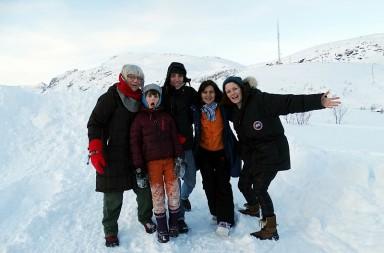 Excursie pe Insula Kvaloya (Norvegia): Bente, Isac şi Rebeca (gazdele), Iuliana şi Daniel (călătorii)