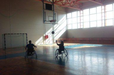 bariere_baschet-scaun rulant